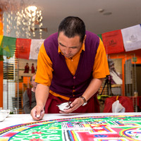 Lama Ngawang makes Sand Mandala 2014